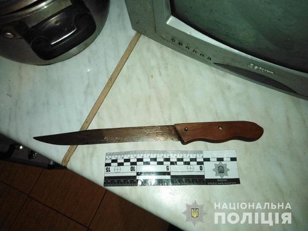 В Измаиле пенсионер ударил своего внука ножем
