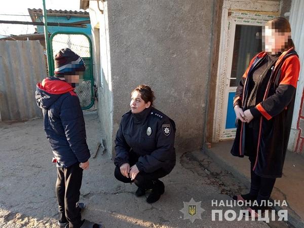 Измаильские полицейские реагируют на факты домашенго насилия. ФОТО