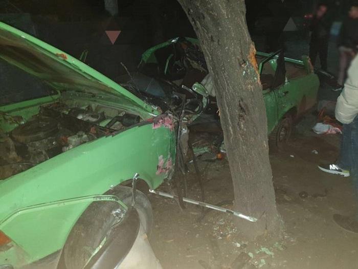 Сегодня ночью в Измаиле произошло серьезное ДТП. ФОТО