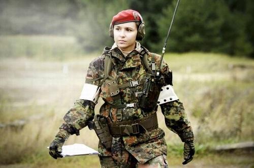Где купить высококачественную военную одежду и обувь?