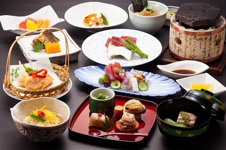 5 блюд, которые стоит попробовать в ресторане японской кухни