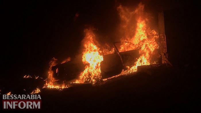 В Килийском районе в результате ДТП в авто сгорели два человека. ФОТО