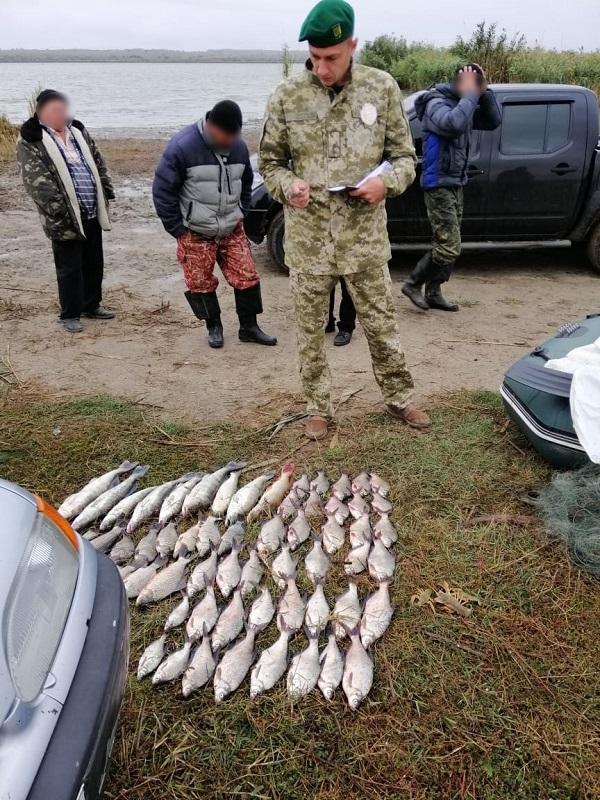 На озере Катлабух задержаны браконьеры с незаконным уловом