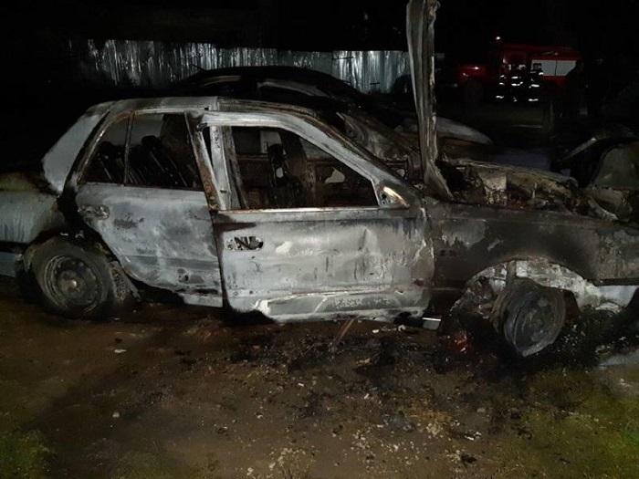 В Измаиле на СТО сгорели три авто. ФОТО