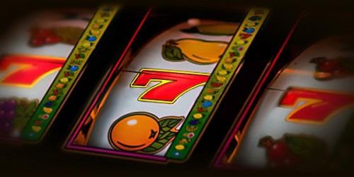 Сайт Casinotramps представляет онлайн казино Космолот