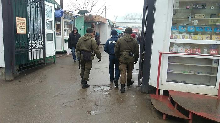 Измаильские правоохранители вместе с военнослужащими Национальной гвардии Украины осуществляют патрулирование (ФОТО)