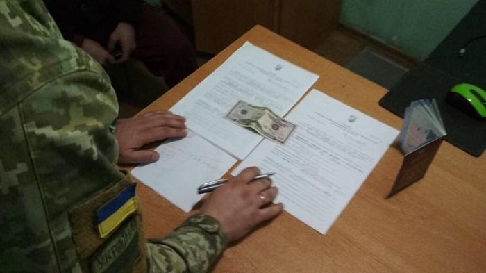 Гражданин Грузии пытался «решить» вопрос с пограничниками Измаильского отряда