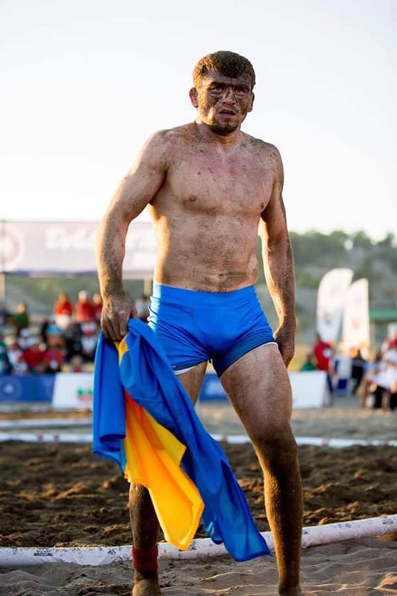 Борец из Болградского района стал чемпионом мира