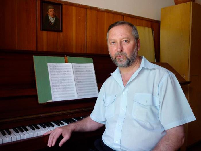 Владимир Михайлович Чолак