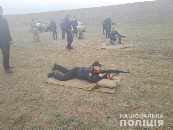 Измаильские полицейские провели учения на Лощиновском полигоне