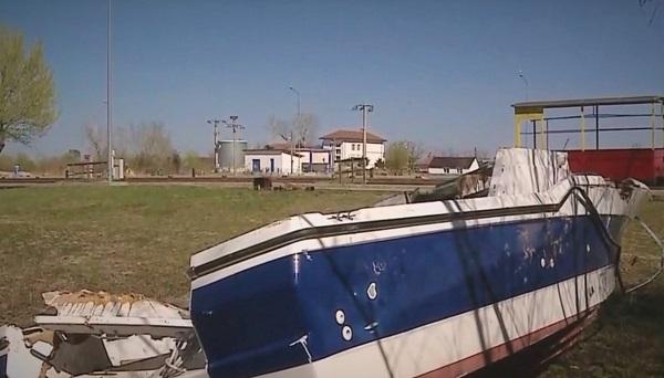 На Дунае обнаружена дрейфующая лодка с кокаином на 300 миллионов евро. ФОТО
