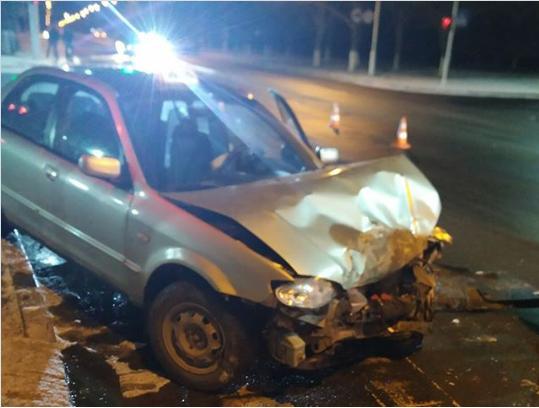 ДТП в Измаиле. Mazda протаранила авто патрульной полиции. ФОТО