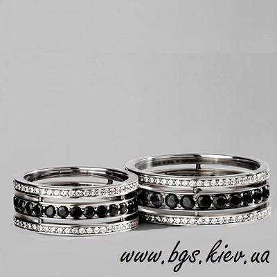 Обручальные кольца – самый важный атрибут для свадьбы