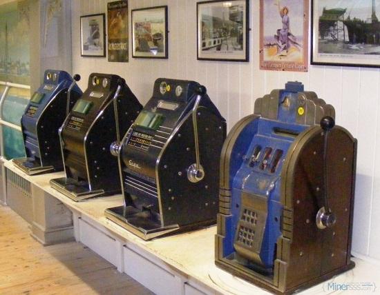 Эволюция аппаратов: от допотопных слотов за сигары до современных автоматов
