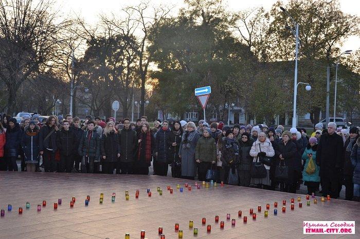 В Измаиле почтили память жертв Голодомора. ФОТО
