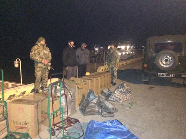 Пограничники Измаильского отряда не допустили незаконное перемещение сигарет и отказались от 500 евро взятки