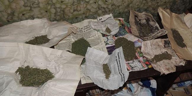 В Измаиле полицейские изъяли у прохожих наркотики
