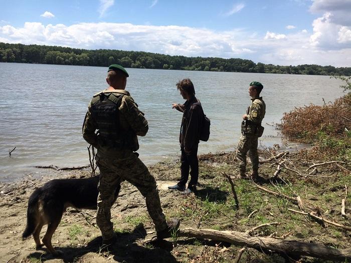 Гражданин Молдовы пытался пересечь украинско-румынскую границу вплавь через реку Дунай