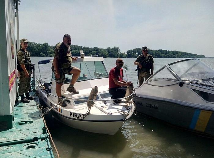 На Дунае были задержаны румыны-нарушители границы. ФОТОе воды Украины.