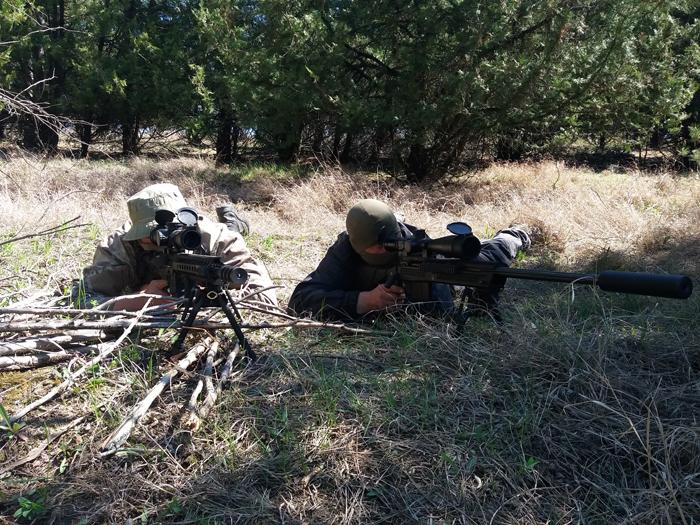 В Одесской области пограничные и полицейские спецназовцы проходят совместные учения по снайперской подготовке