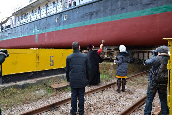 Сегодня, 7 декабря, на Килийском судостроительно-судоремонтном заводе УДП был спущен на воду после капитального ремонта буксир-толкач «Игорь Момот».
