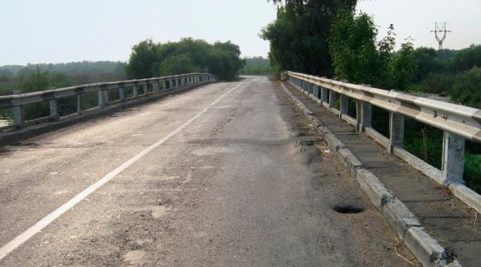 Аварийный мост на трассе Одесса-Рени будет закрыт до лета