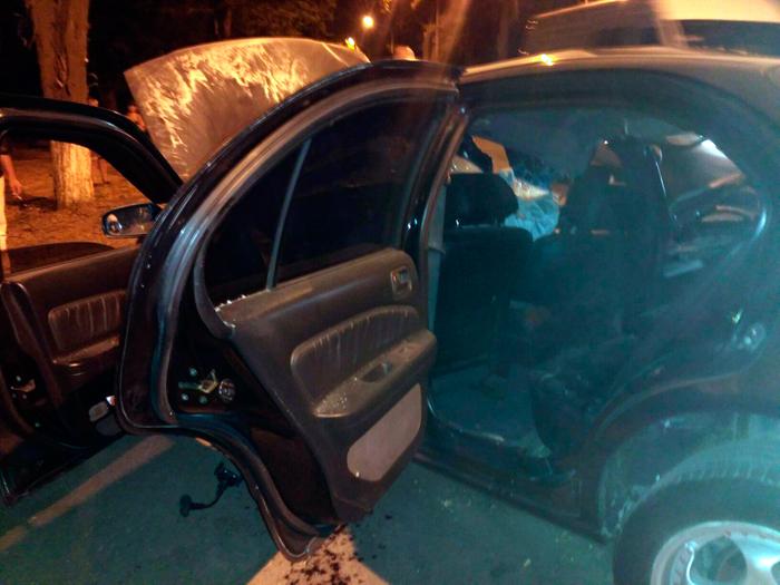 Сегодня ночью, около 0:30, в Измаиле, на проспекте Суворова, в районе супермаркета «Таврия-В» произошло серьезное ДТП.