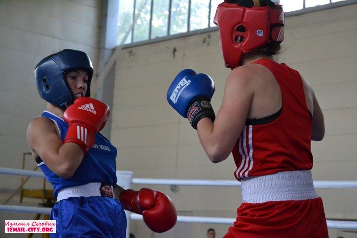 В Измаиле состоялся полуфинал международного турнира по боксу