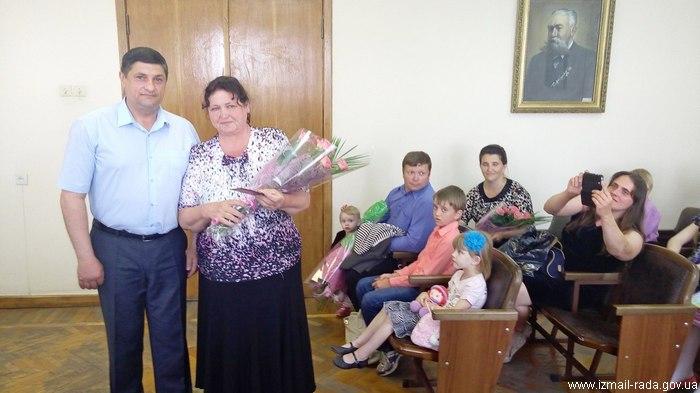В Измаиле - на трех матерей-героинь больше
