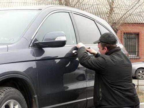вскрыть авто в Симферополе
